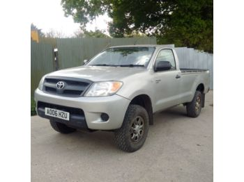 TOYOTA Hilux 4X4 2.5 D4D manual gearbox air conditioning - auto